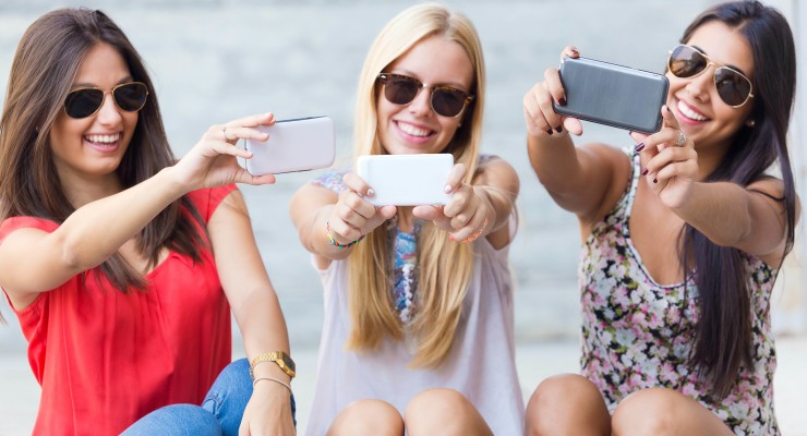 Young Ladies Cell Phone Selfies
