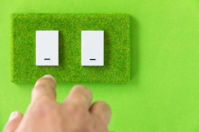 energy saving habits turn off light switch